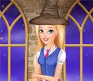 Barbie Büyücülük Okulunda