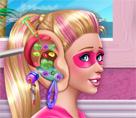 Süper Barbie Kulak Doktorunda